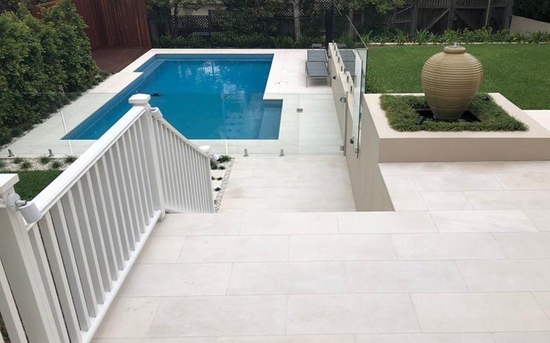 tavira limestone pool area