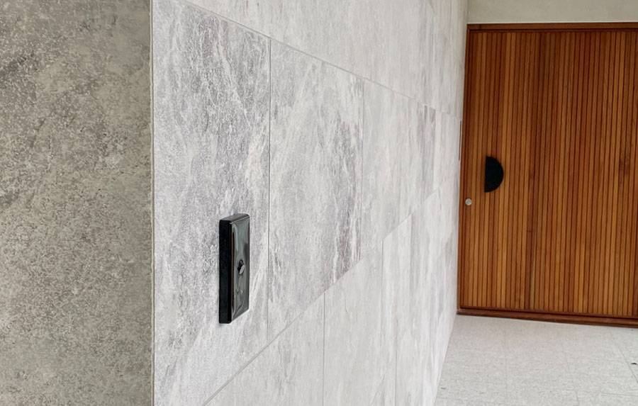 manhattan limestone wall close up