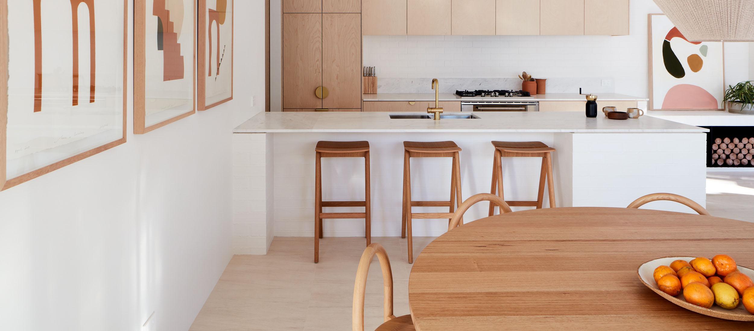 santa fe limestone kitchen