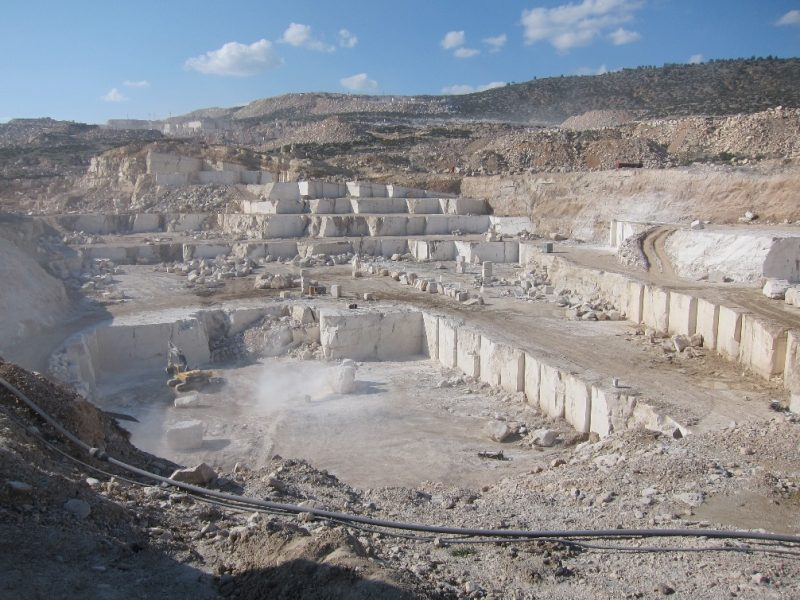 quarry limestone vs travertine