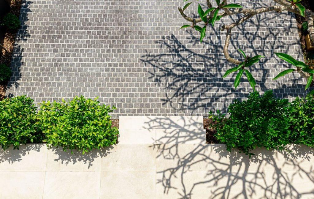 cobblestones limestone