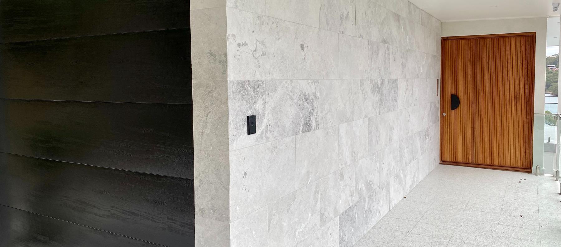 manhattan limestone feature wall