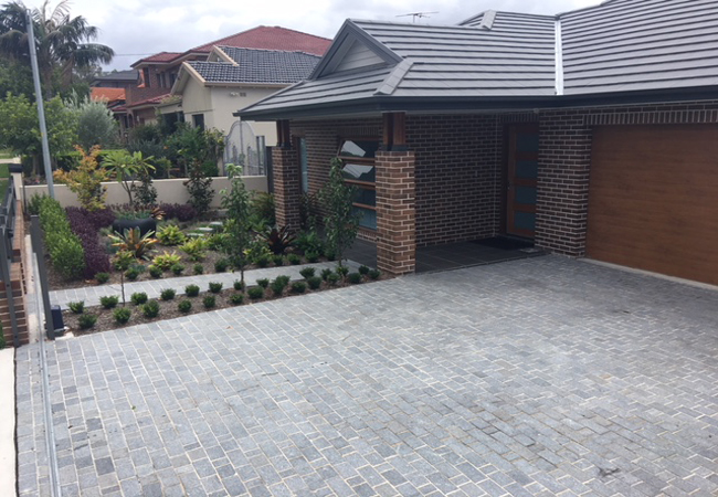 Poryphyry-Two-Tone-Cobbles
