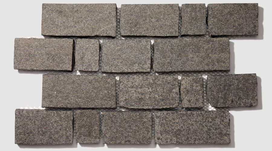 PW_SareenStone_May2021_003_Charcoal Rectange Cobbles